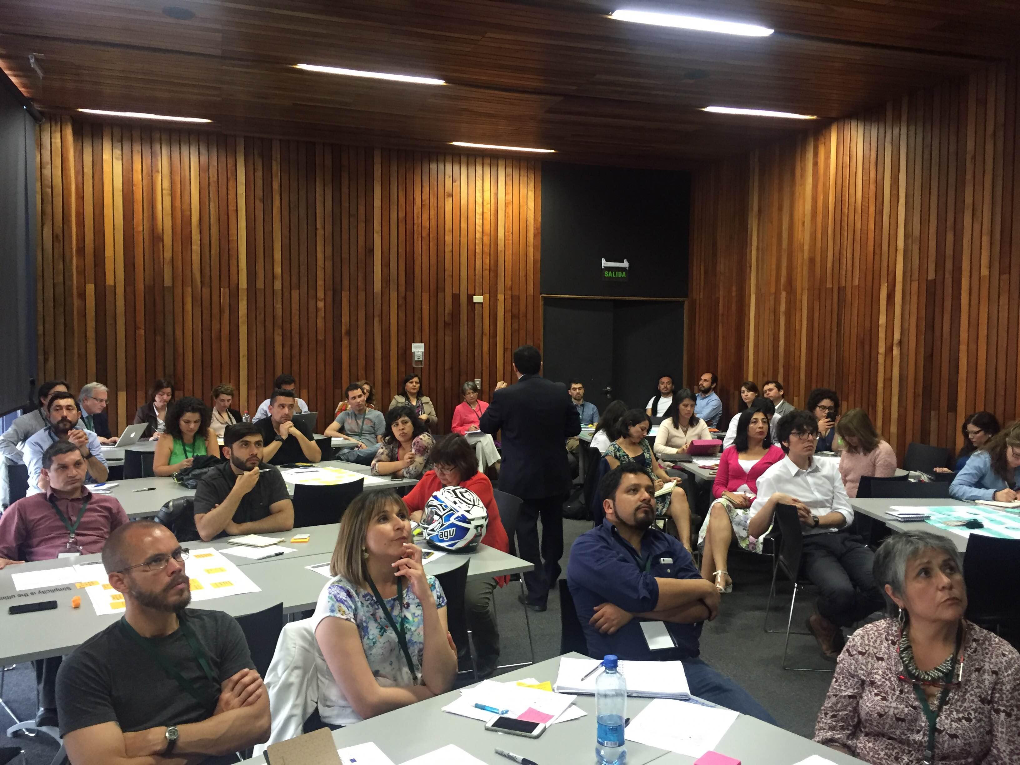 """Participantes a taller """"Diseño de MOOCs"""""""