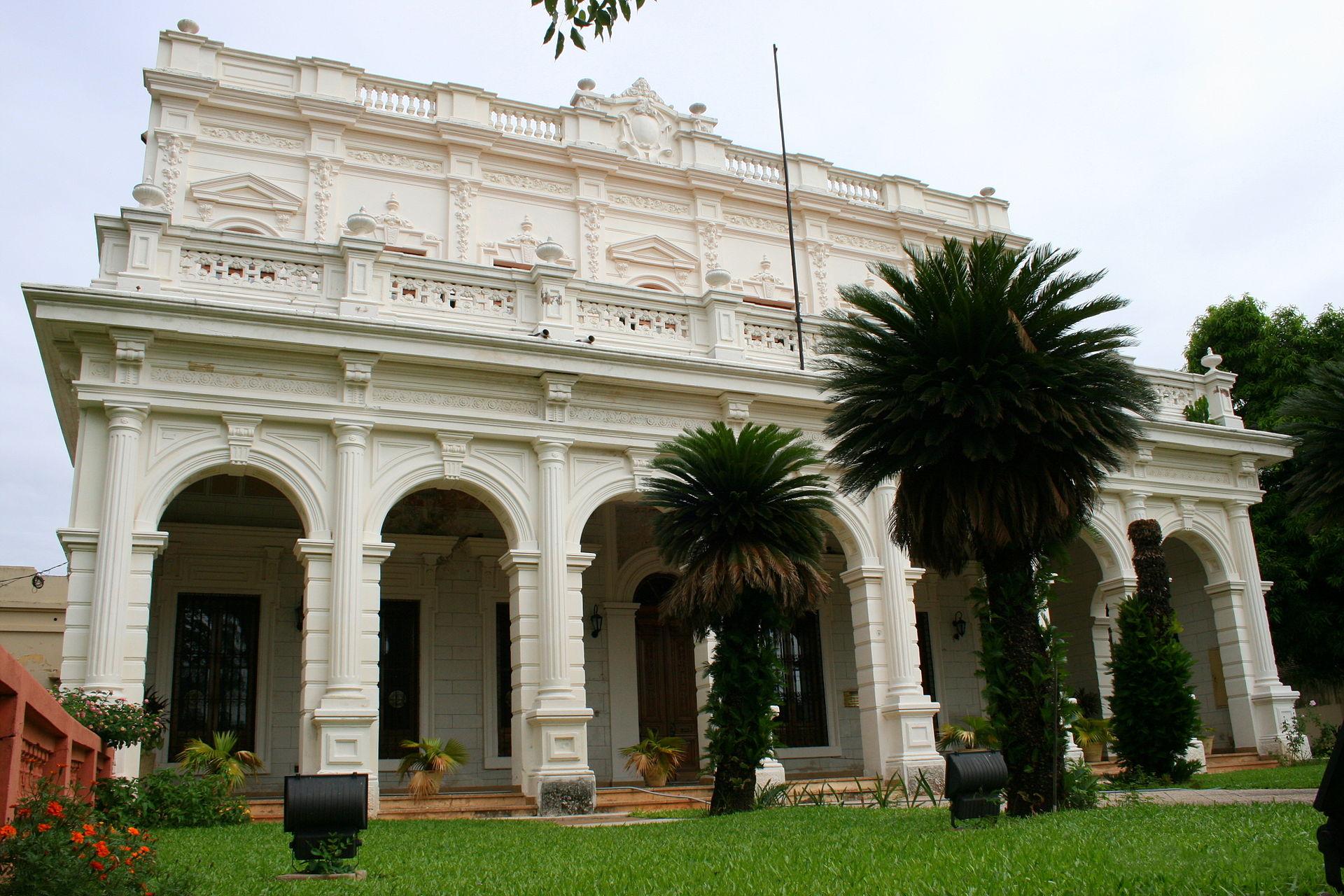 Conference and workshop in Universidad Nacional de la Asunción